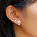 ARUNA BAR EARRINGS 6 MM