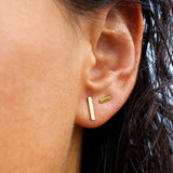 ARUNA BAR EARRINGS - 10 mm