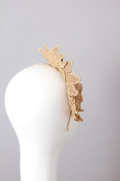 ALYSSA Guipure Lace Headpiece