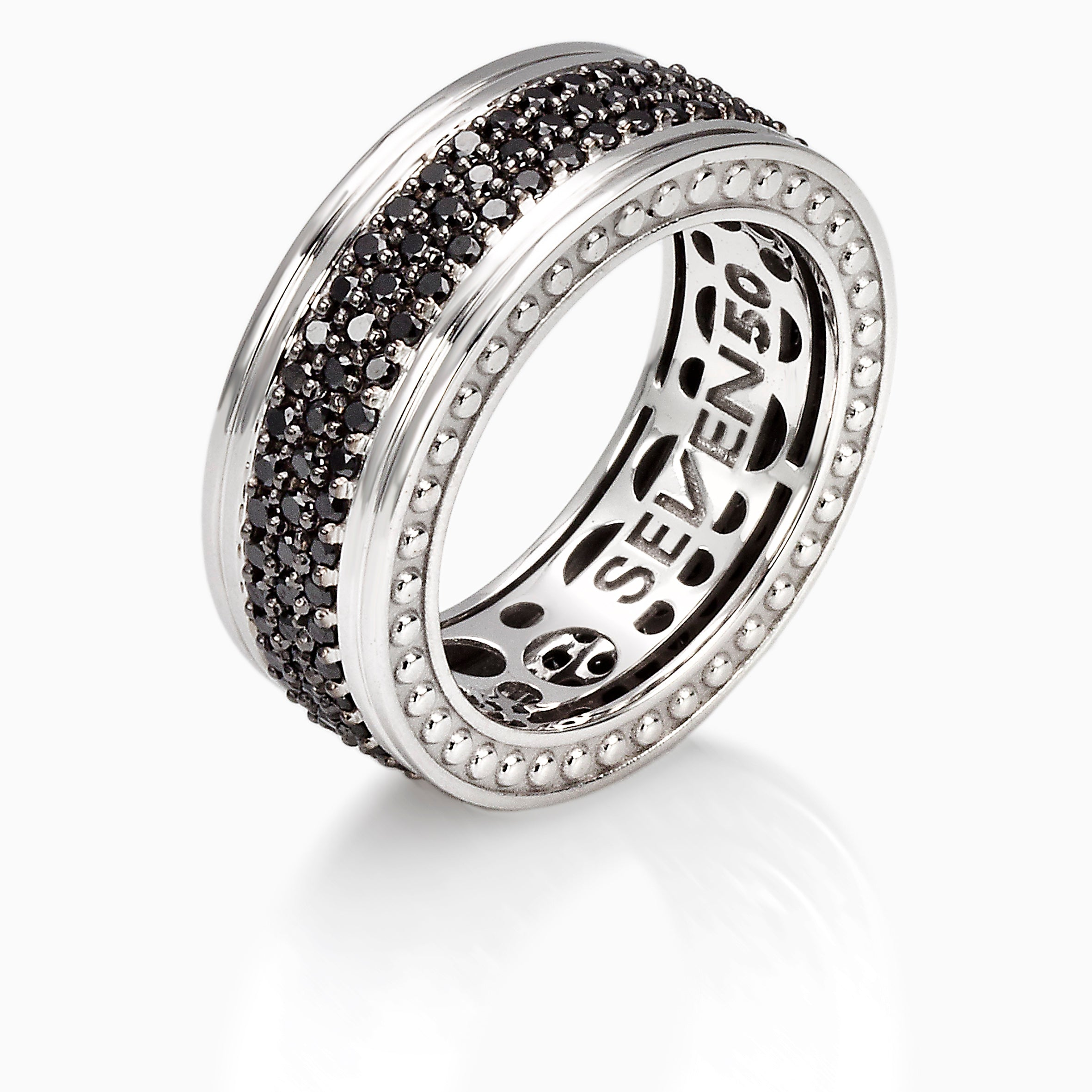 Black Diamonds 18k Fede band ring