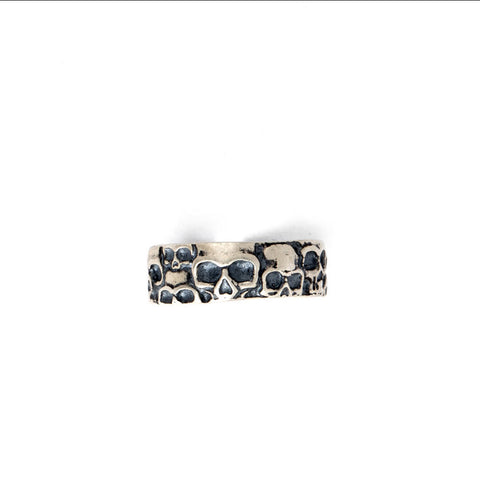 SOLID 925 STERLING SILVER AGED 5mm GOTHIC 3d SKULL HEADS BAND RING