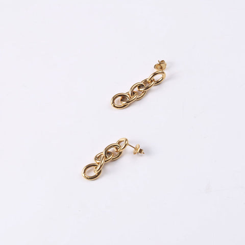 Minimalist-&-Dainty-Gold-Cuban-Chain-Link-Earrings,-Huggie-Link-Earrings-,-Chain-earrings,-Fashion-earrings-,Women-huggies