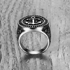 ROUND ANCHOR SIGNET RING