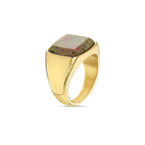 diego-barrueco-stainless-steel-15mm-square-green-stone-signet-ring-in-yellow-gold-by--by-seven50.2jpg