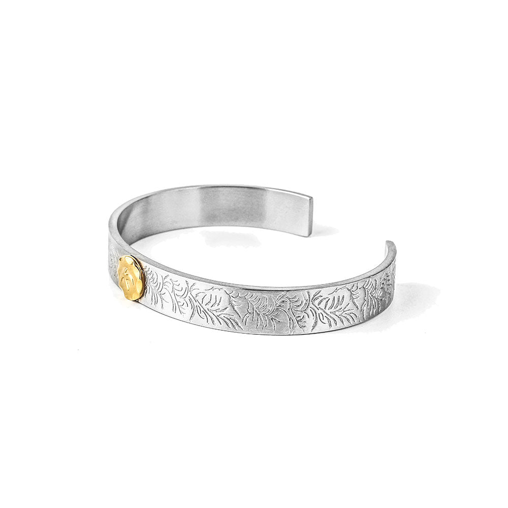 engraved-stainless-steel-bangle-brcelet-with-angle-coin-in-stainless-steel-by-seven50