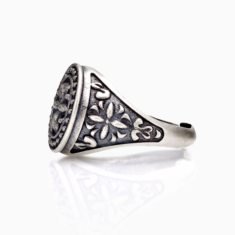 RING - PINKY ARABESQUE RING by SEVEN50