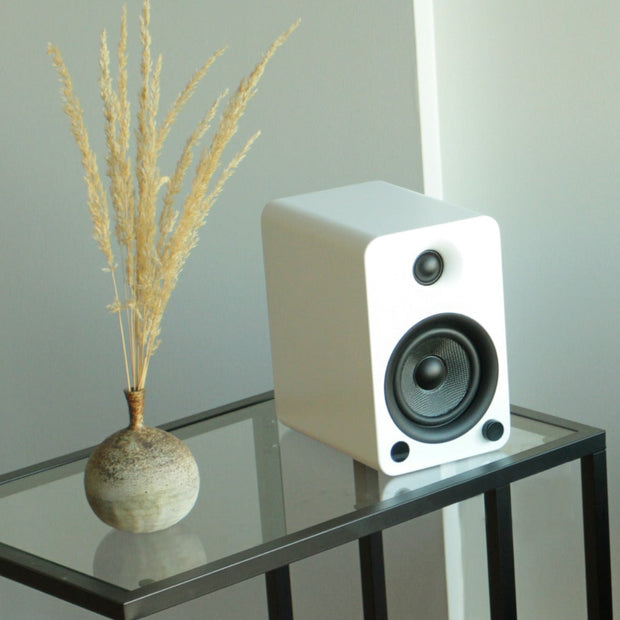 Kanto YU6 Powered Bookshelf Bluetooth Speakers Matte White