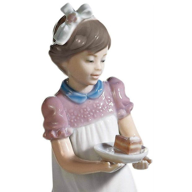 Lladró Happy Birthday Girl Porcelain Figurine