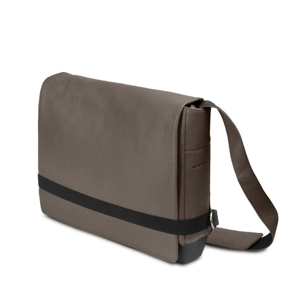 Moleskine Classic Leather Slim Messenger Bag - Brown - www ... de52cd1596990