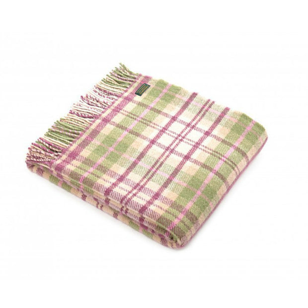 Tweedmill Lifestyle Cottage Throw Pink 150cm x 183cm