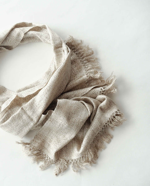 Autumn and winter Scarf made from organic peace silk and Himalayan lambswool on a handloom in India. A beautiful blend of wool and eri silk, handspun and handwoven in Himachal Pradesh, India. Organic and natural material, 70% eri silk and 30% lambswool. Slow and ethically made.
