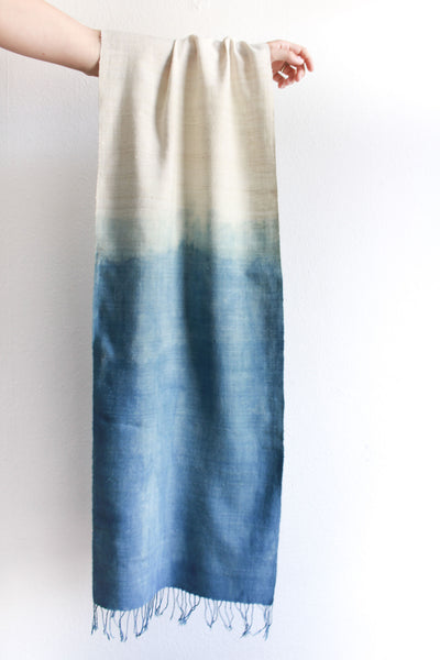 Eri-silk, indigo scarf from India handspun and handwoven. Organic and natural material.