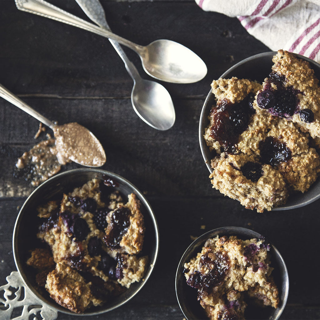 Peanut Butter & Jammy Berries Baked Oatmeal