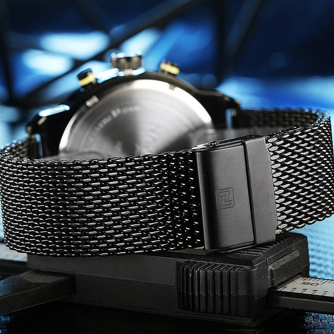 """THE DARK KNIGHT""  Large Dark Steel Mesh Band Wristwatch"
