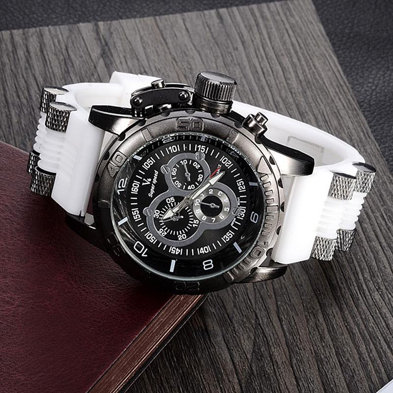 """THE JUROR''   Men's Casual Water Resistant Sport Watch"