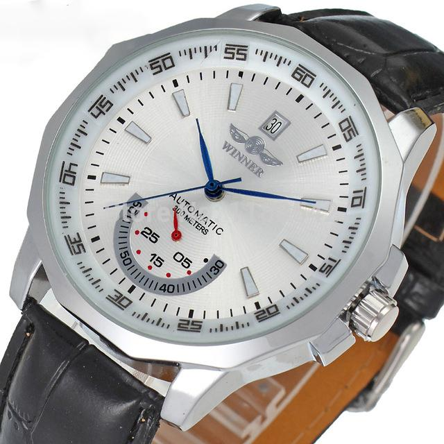 """THE REMINGTON"" Luxury Men's Automatic Self Wind Watch"