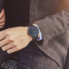 """THE VINLAND"" - Modern, Super-thin Quartz Calendar Watch With Mesh Band"