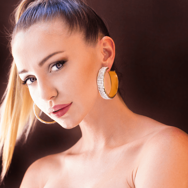 Hoop Earrings made of Swarovski Crystals, Rhodium Plated named Summer Breeze White - photo of jewelry with model