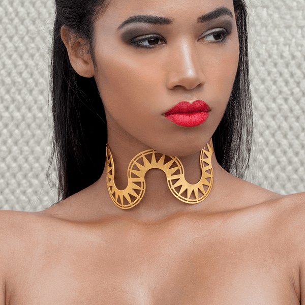 Choker Necklace made of Yellow Gold Plated Sterling Silver named Bolge - photo of jewelry with model