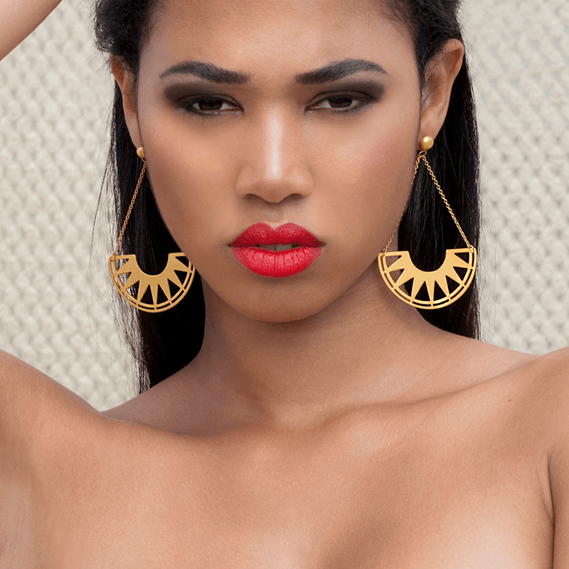 Dangle Earrings made of Yellow Gold Plated Sterling Silver named Swing - photo of jewelry with model