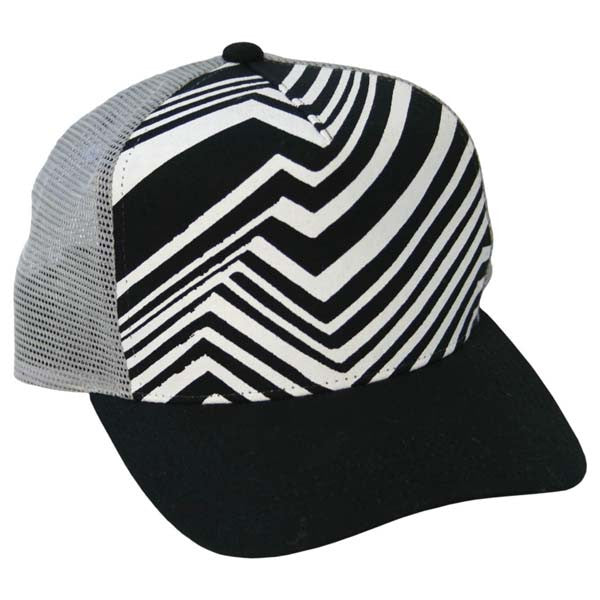 BLACK & WHITE TRUCKER HAT