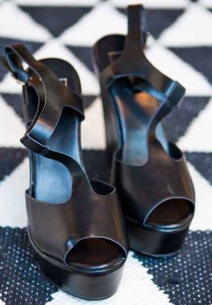 The Midnight Wedges - Swoon Boutique
