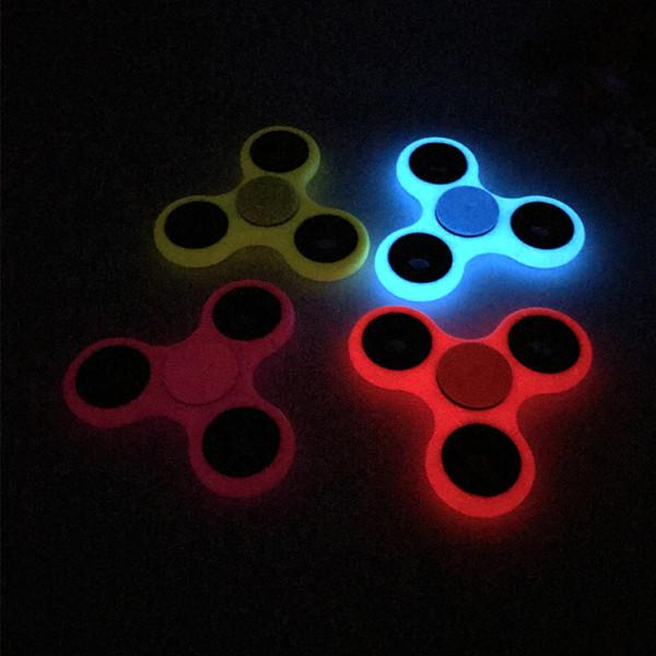 Gadgets - Fluorescent Glow-in-the-Dark Fidget Spinner - Assorted Colors
