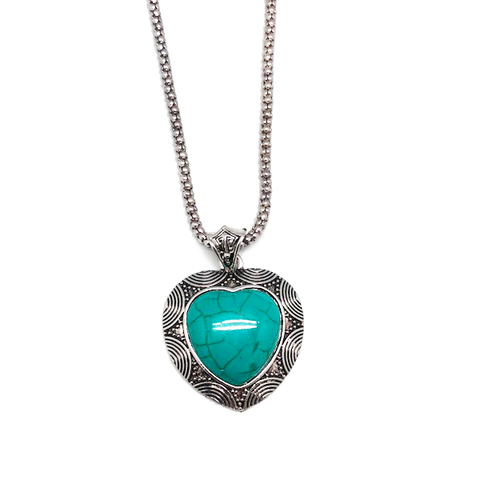 Nomad Heart Pendant & Chain Necklace