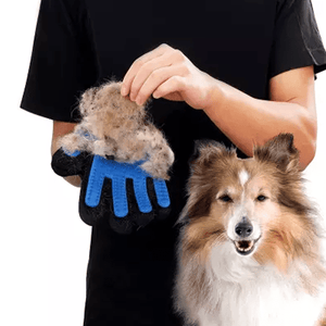 True Touch Five-Finger Deshedding Pet Glove