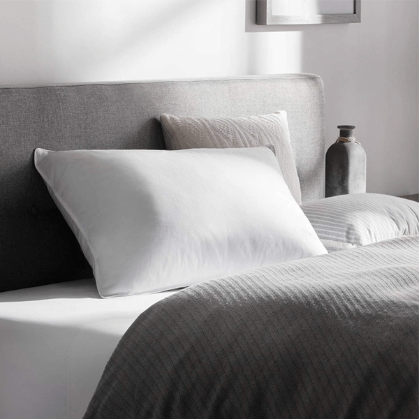 2 Pack: 250 Thread Count Feather Fill Pillow