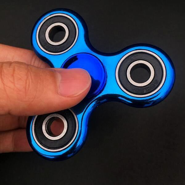 Toys - Metallic Fidget Spinner: Stress Reliever - Assorted Colors
