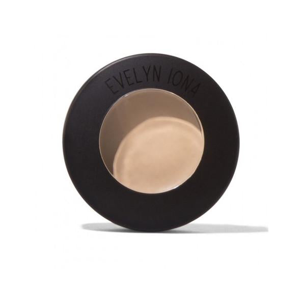 Evelyn Iona Concealer in Pure