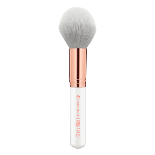bronzer brush / cruelty-free
