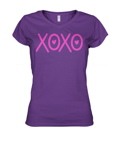 xoxo tee Women's V-Neck