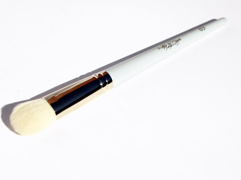 All Creams Brush 03