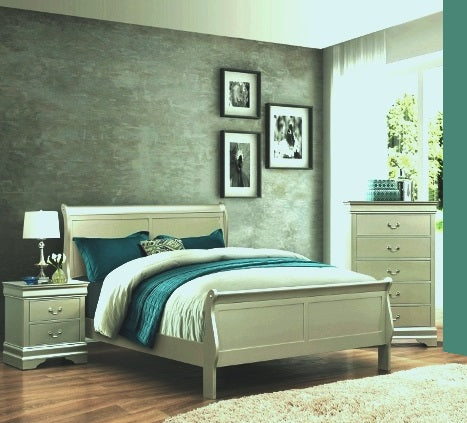 Louis Silver Champagne 3 Piece Bedroom Set