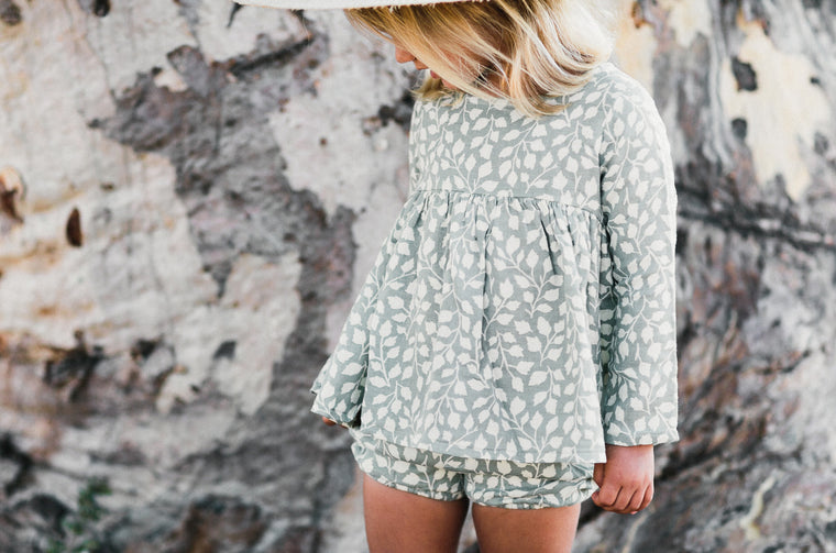 RYLEE + CRU - Lush Button Short / Sage