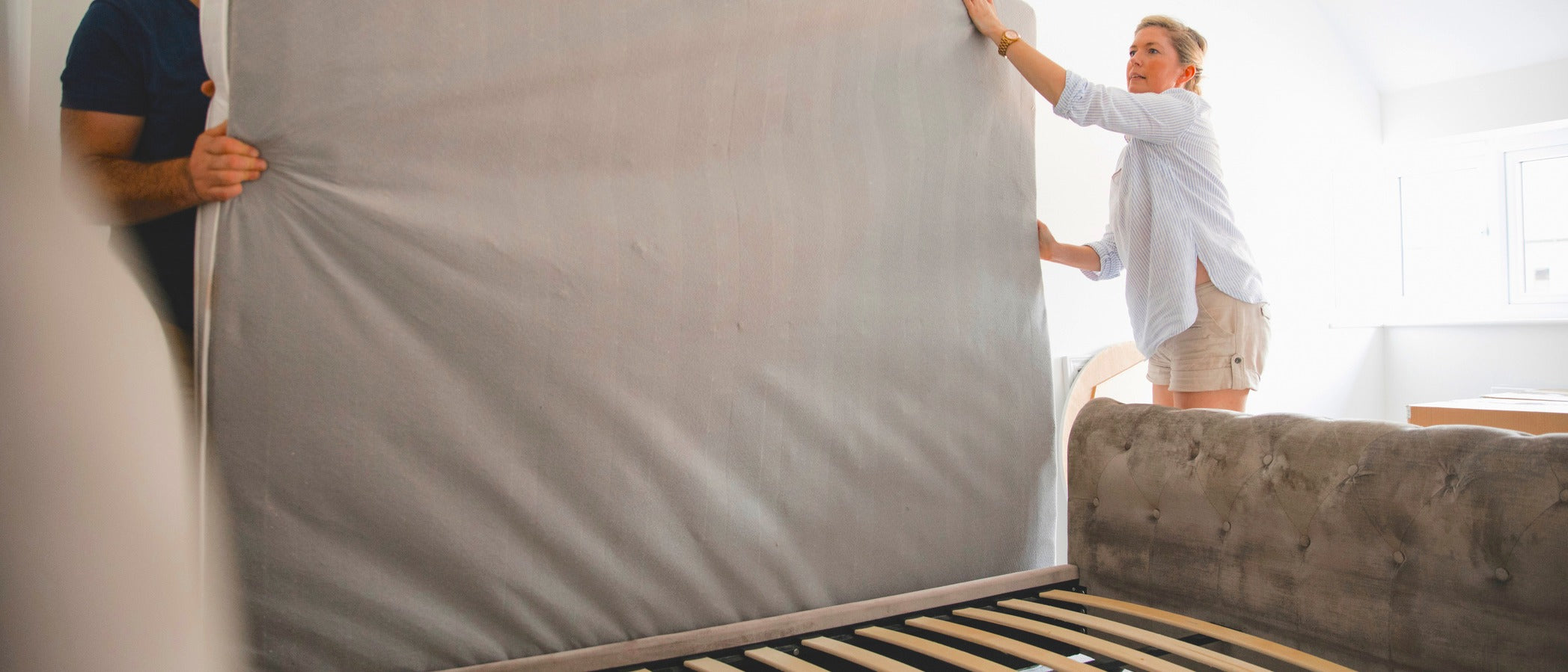 How Often Should You Flip or Rotate Your Mattress?                  class=