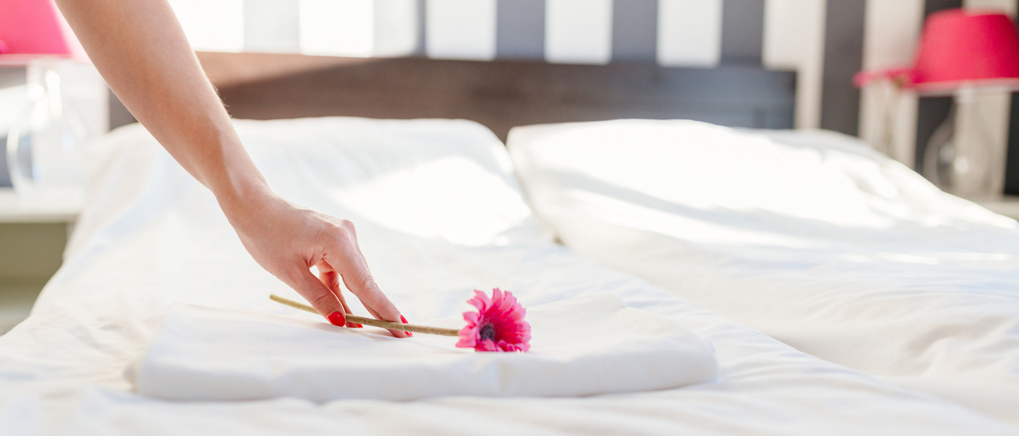 21 Spring Cleaning Tips For Your Bed                  class=