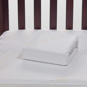 Bedgear Dri-Tec Moisture Wicking Waterproof Crib Mattress Protector Folded Detail