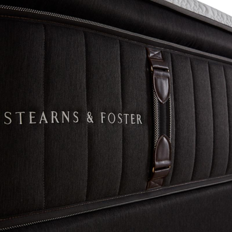 Mattress_Warehouse_Stearns_&_Foster_Reserve_No._2_Ultra_Plush_Pillowtop_Detail