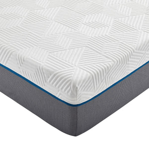 "RENUE™ by Corsicana 8"" Medium Firm Mattress Corner Detail"