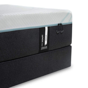 TEMPUR-ProAdapt® Medium Mattress and Boxspring Corner