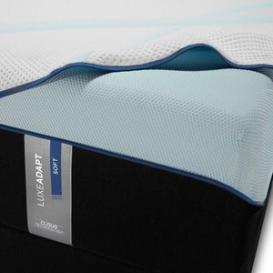 TEMPUR-LUXEADAPT SOFT MATTRESS FABRIC AND FOAM DETAIL