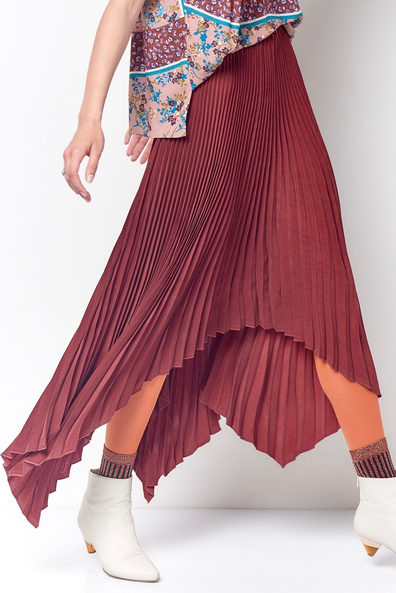 TRICIA Pleated 4 Corner Skirt