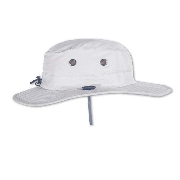 The OSPREY Performance Sun Hat in Light Silver