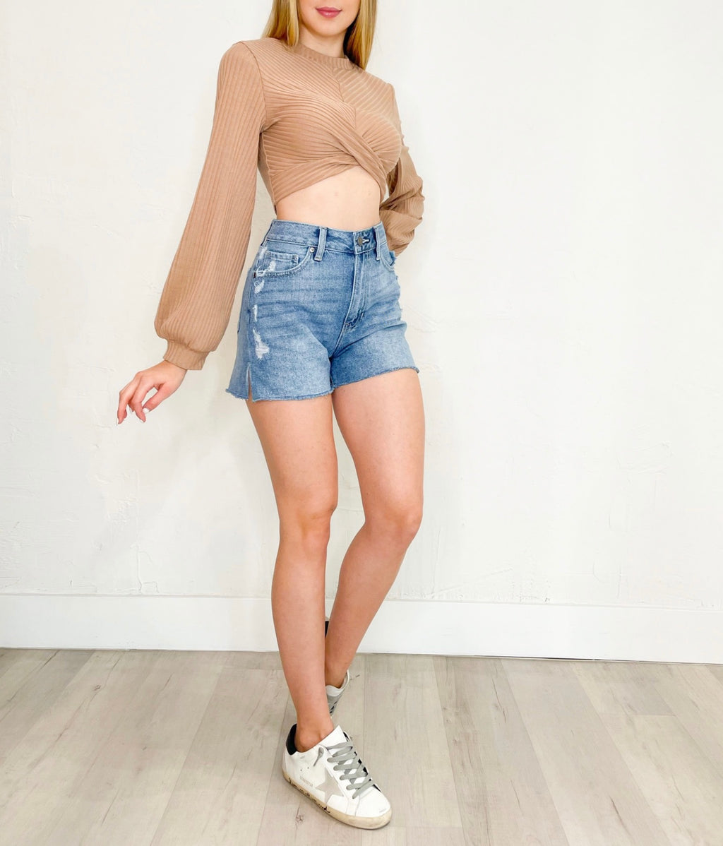Sabrina Shorts in Denim