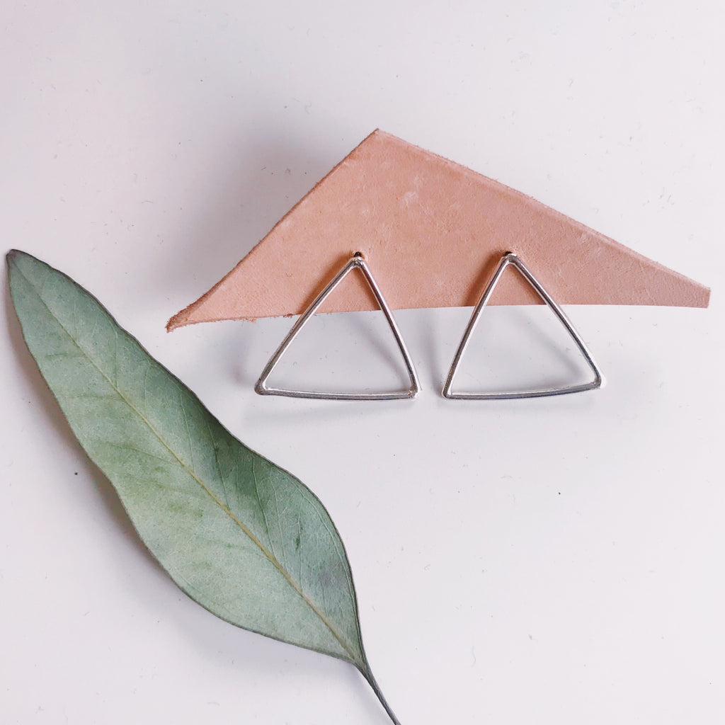 minnie triangles - Shop trendy womenswear styles on www.downerss.com