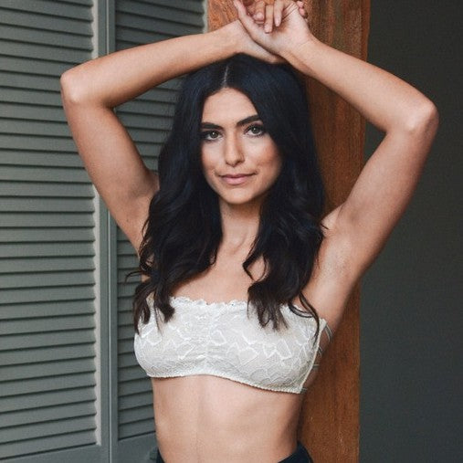Criss Cross Lace Bandeau - Shop trendy womenswear styles on www.downerss.com
