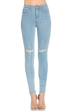 high-wast light denim skinnies - Shop trendy womenswear styles on www.downerss.com